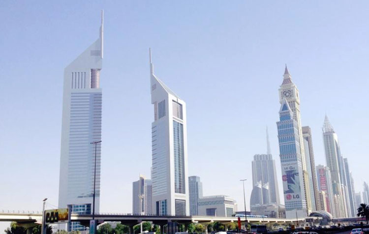car rental emirates towers